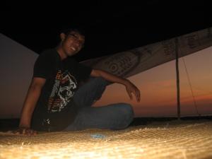 Tenda sewaan di pinggir pantai Takisung