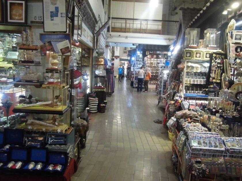 4-Central Market bagian dalam